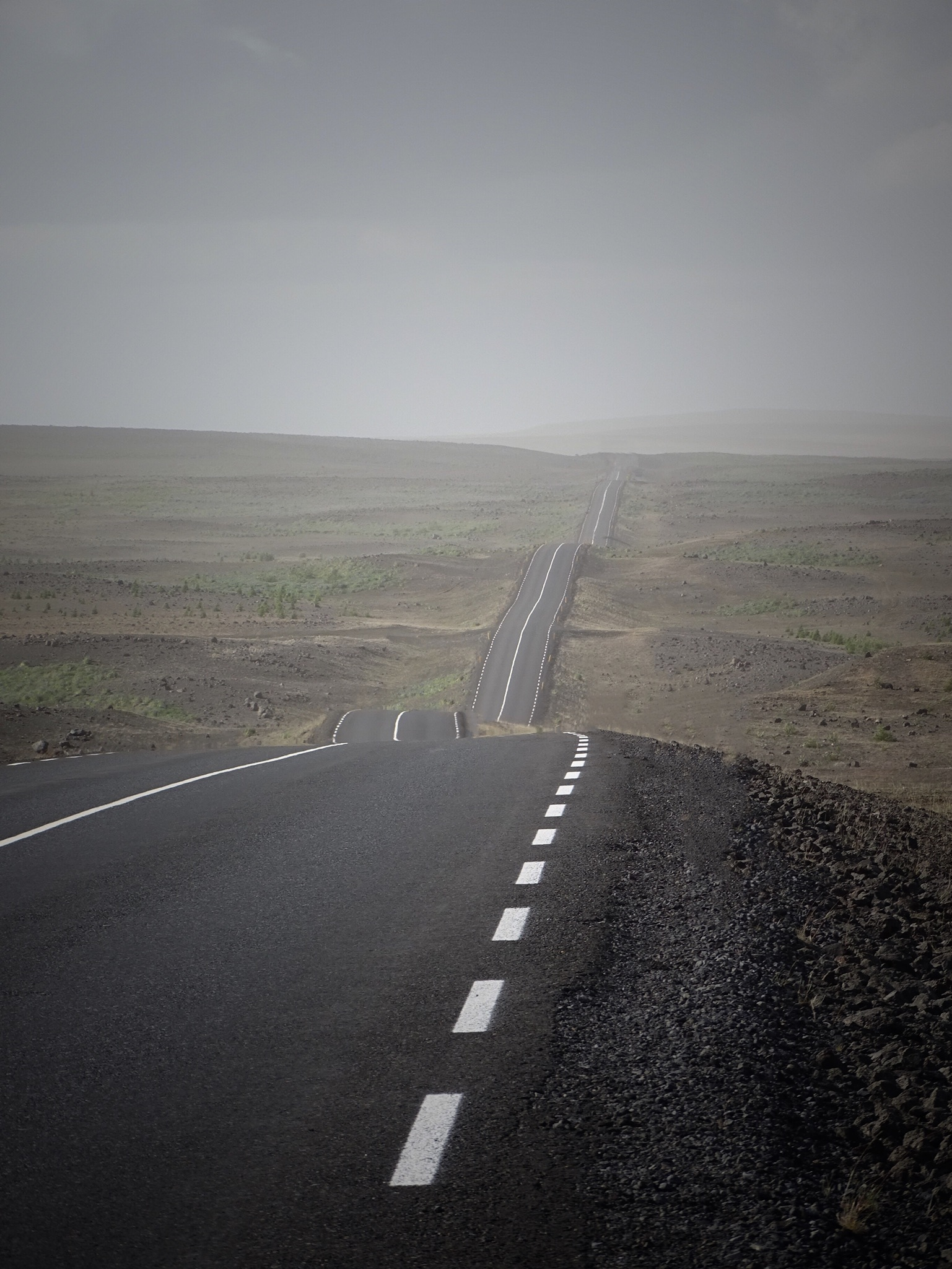 SaltyLove | Autofahren in Island
